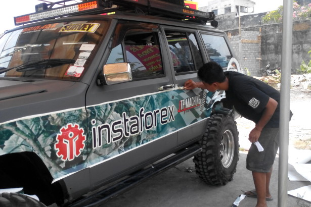 Sticker Mobil Instansi Jogja